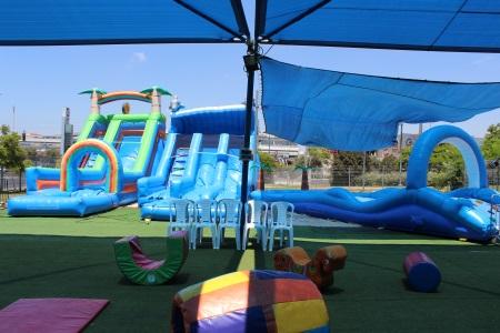 ג'אמפו מתחם משחקים לילדים- אתר לגדול