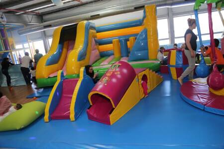 עיר הילדים, משחקייה לילדים, אטרקציות לילדים, מפעיל יום הולדת, מקום ליום הולדת