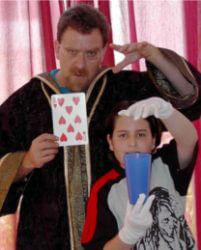 קסמים לילדי--טלפתיה, קריאת מחשבות יום הולדת קסמים-קליוסטרו