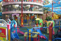 מתקנים בפארק בלאגן