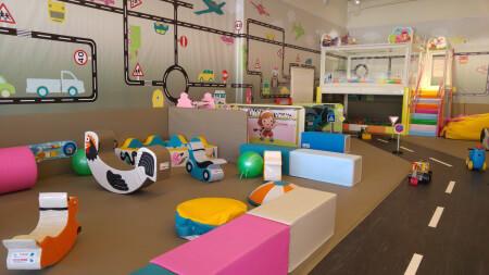 אומפה לומפה משחקייה לילדים בראש העין אתר לגדול