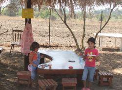 גן גורים-פינת חי יצירה ומשחקים לילדים במרכז