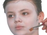 שלב 2-איפור ילדים-דרקולה