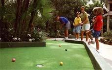מיני גולף בפארק פרוד-אטרקציות לילדים בצפון