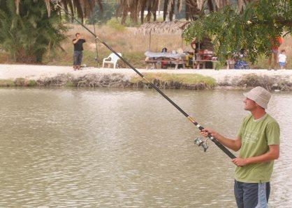 דיג בדג בכפר אטרקציות בצפון- אתר לגדול