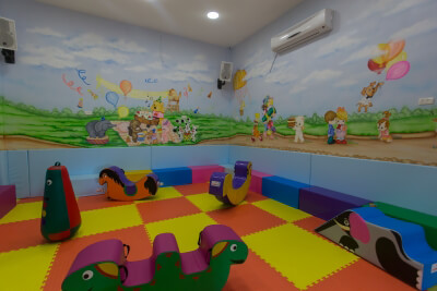 ג'ימבורי פרפרים משחקייה לתינוקות וילדים