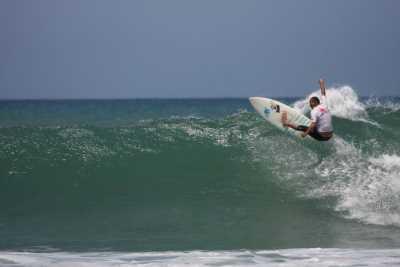 אורן surf club