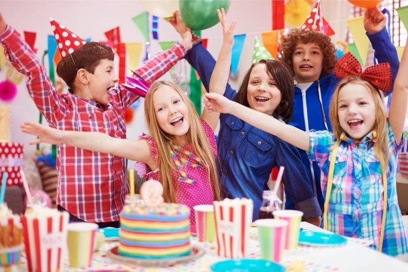 ימי הולדת לילדים במשחקיות ובפינות חי
