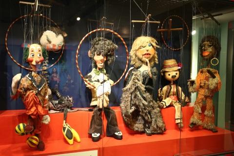 מרכז תיאטרון בובות חולון: בובות בסוכות- סיורים תיאטרליים