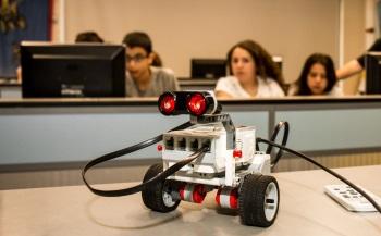 קייטנות קיץ 2018 סדנת קיץ רובוטיקה במדעטק חיפה