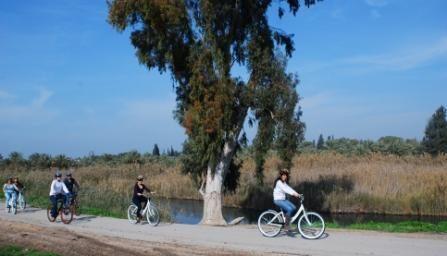 מסלולי רכיבה משפחתית באופניים
